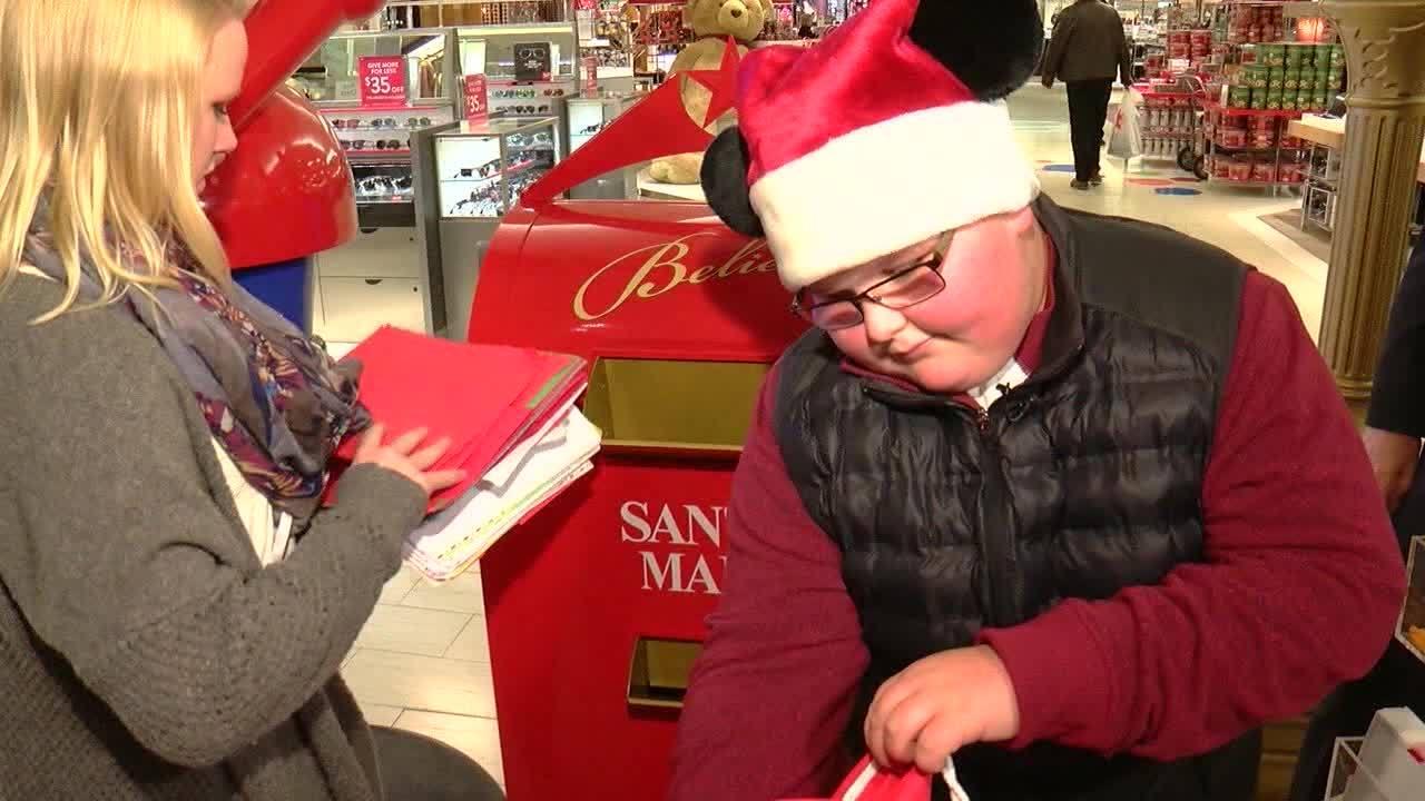 Luke Hoag sets new letter collection goal for Macy's Believe Day