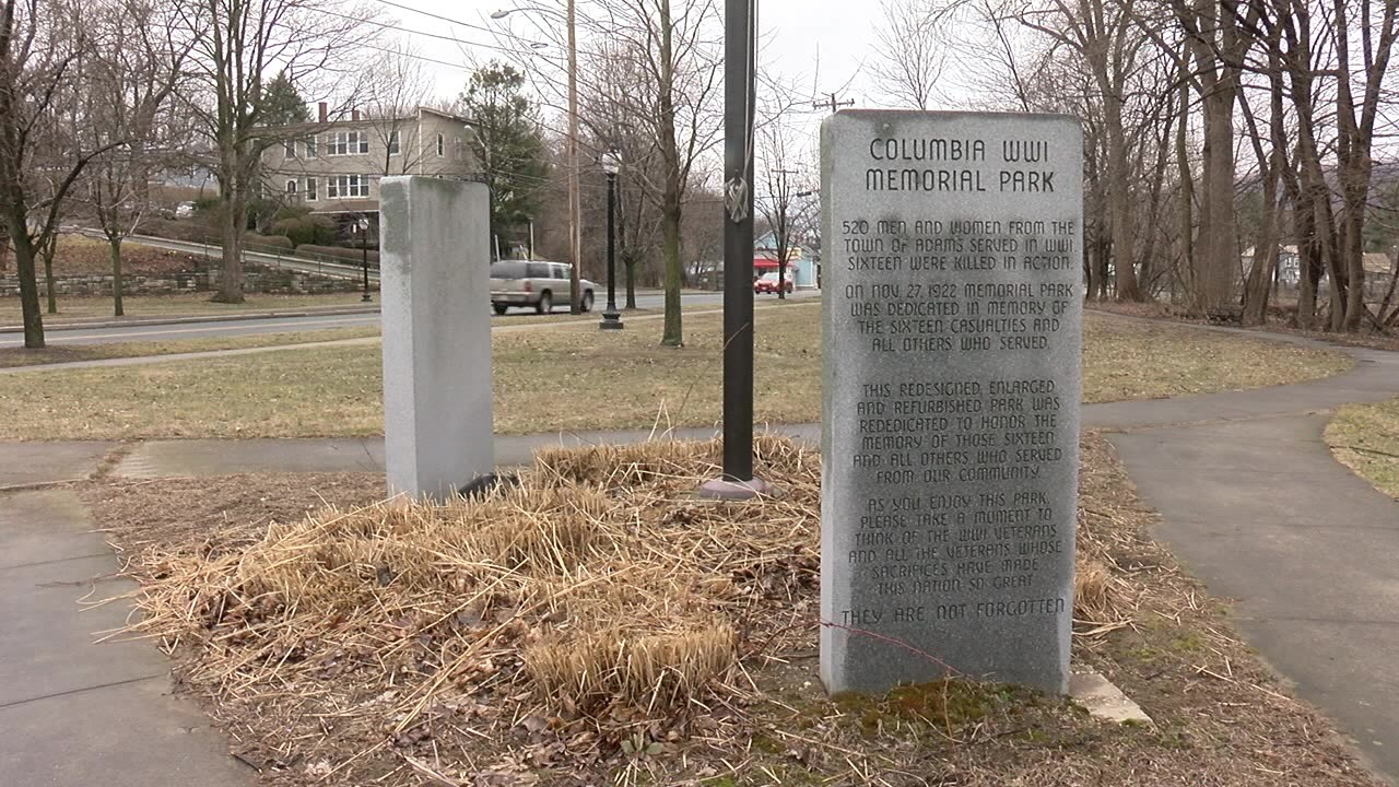 Spotlights smashed at WWI Memorial in Adams