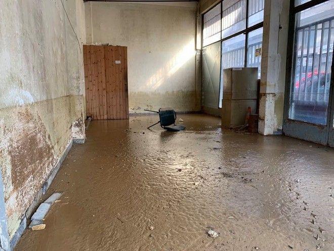 Εικόνες καταστροφής στο κέντρο της Καρδίτσας