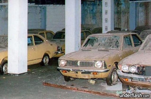 Cyprus-UN-Buffer-Zone-Toyota-Corolla-TE27-640x421