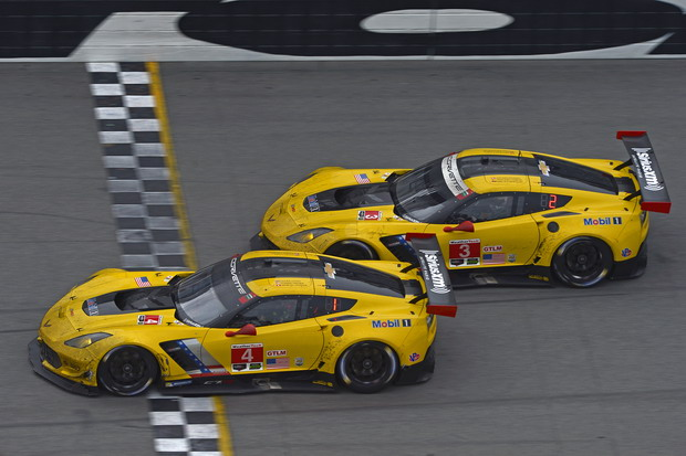 28-31 January, 2016, Daytona Beach, Florida USA Checkered flag: 4, Chevrolet, Corvette C7, GTLM, Oliver Gavin, Tommy Milner, Marcel Fassler finishes ahead of 3, Chevrolet, Corvette C7, GTLM, Antonio Garcia, Jan Magnussen, Mike Rockenfeller ©2016, F. Peirce Williams LAT Photo USA