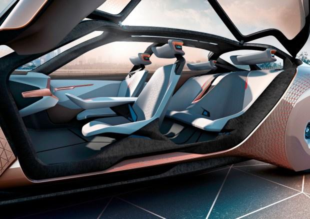BMW Vision Next 100 concept -3