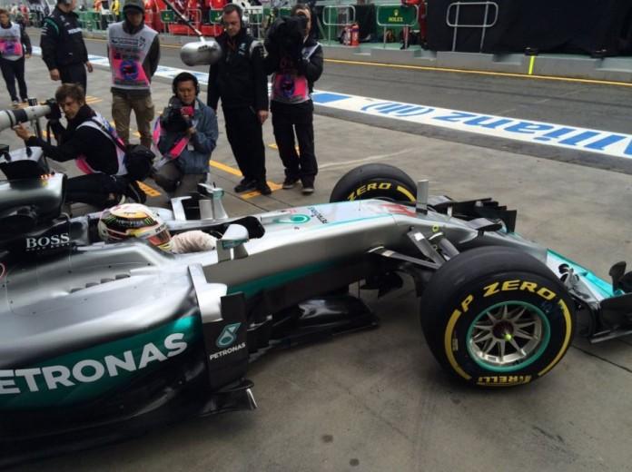 Lewis-Hamilton-3-696x520