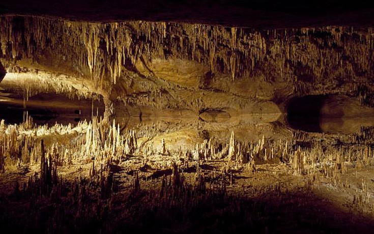 Επιβλητικά σπήλαια