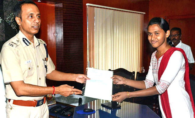 India's first transgender who has created a record by joining the Tamil Nadu Police Force