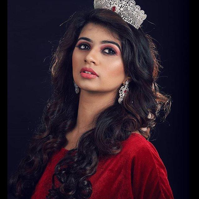 Eruma Saani Harija Wiki, Biography, Age, Marriage, Boy Friend, Photos