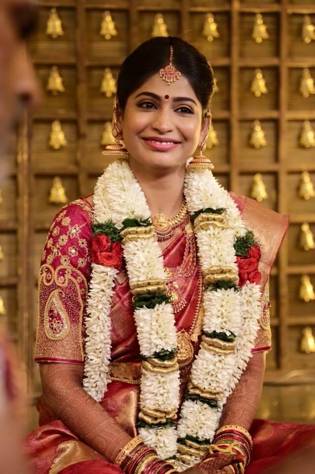 Vijayalakshmi (Survivor) Wiki, Biography, Age, Family, Movies, Serials, Images