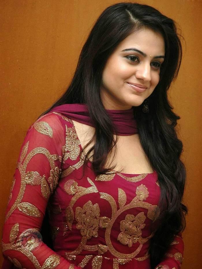Aksha Pardasany wiki