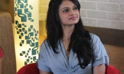 Singer Suchitra Karthik wiki