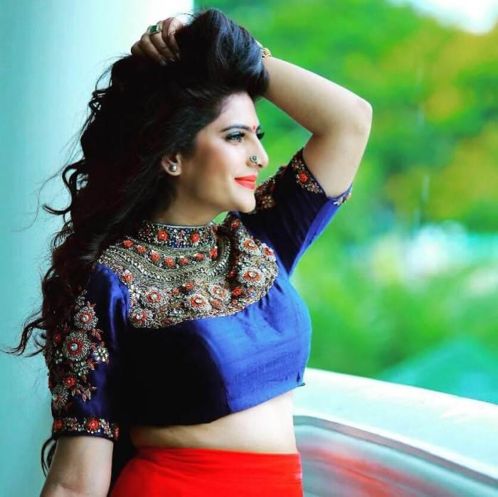 Neha Saxena Wiki   Neha Saxena Bigg Boss Malayalam
