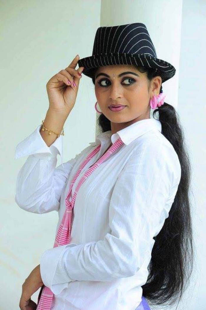 Sruthi Lakshmi Wiki, Biography, Age, Movies, Serials, Images