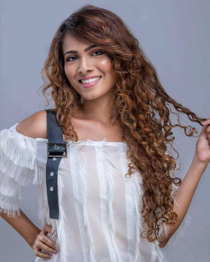 Sanah Moidutty Wiki, Biography, Age, Songs List, Family