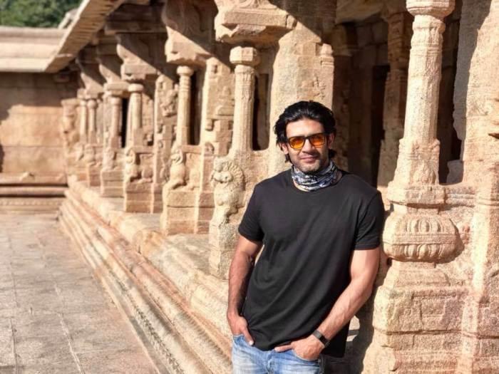 Raghu Mukherjee Images