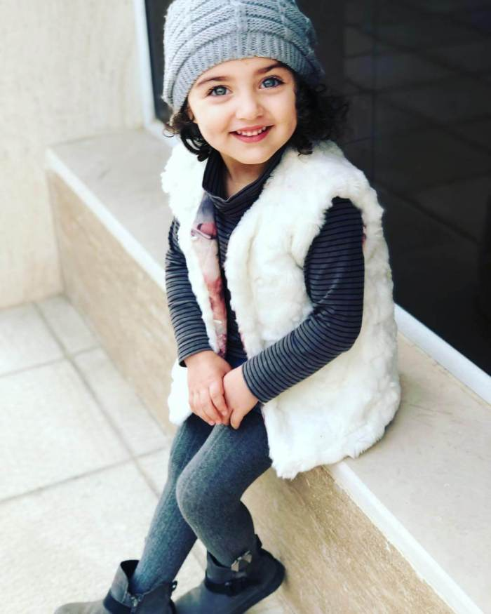 Anahita Hashemzadeh Images