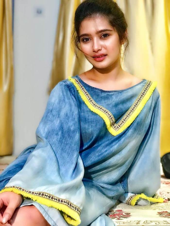 Ena Sah Images