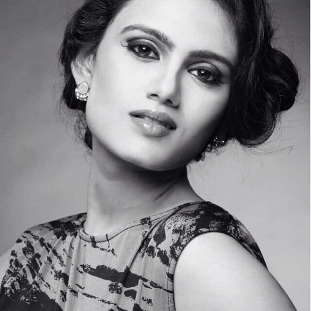 Nisha Mavani Images