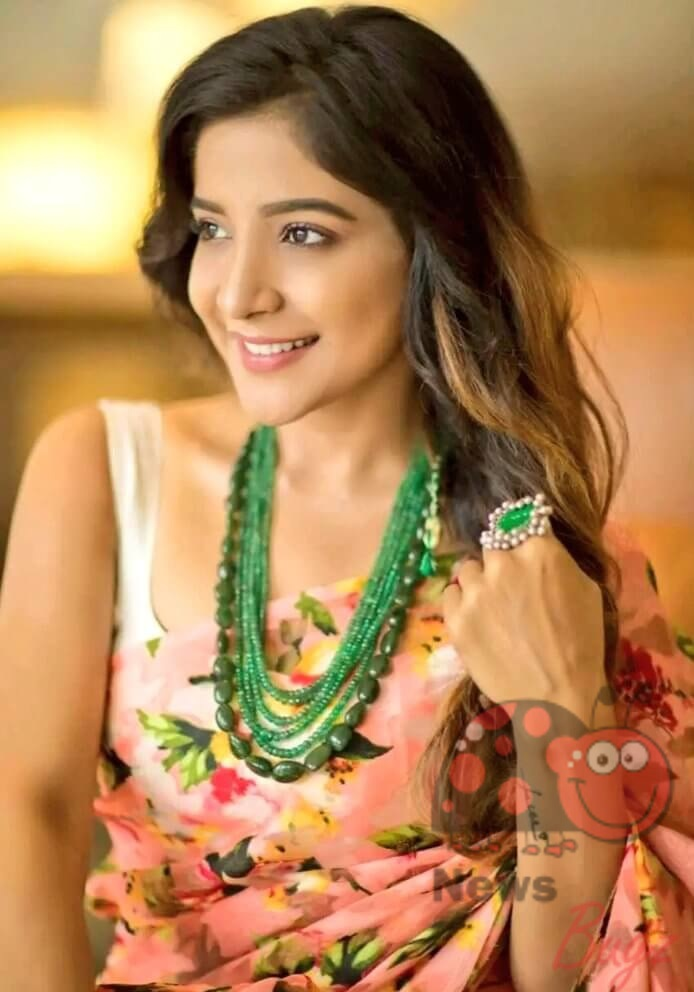 Sakshi Agarwal Photos