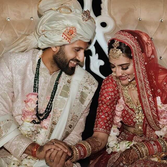 Nusrat Jahan Husband Nikhil Jain