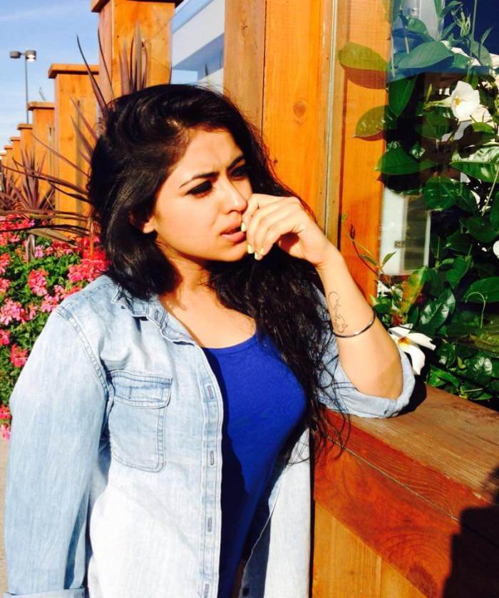 Simi Chahal Images