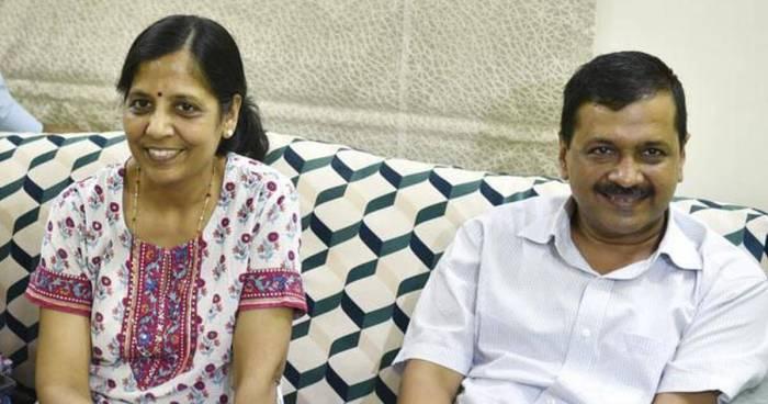 Sunita Kejriwal Husband Arvind Kejriwal