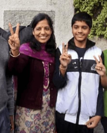 Sunita Kejriwal Son Pulkit Kejriwal