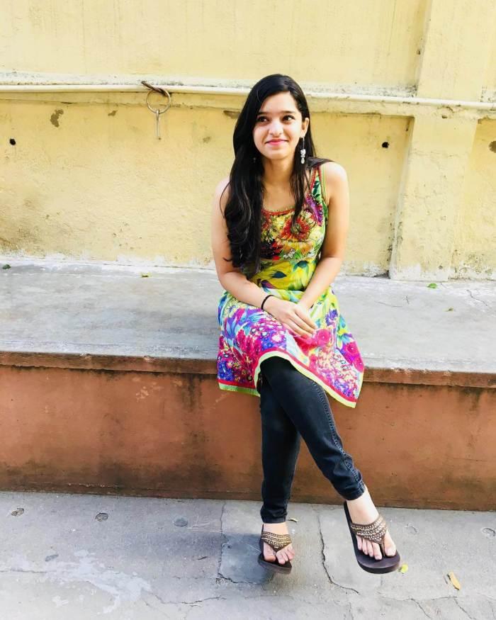 Sanjana Divaker Kalmanje Images
