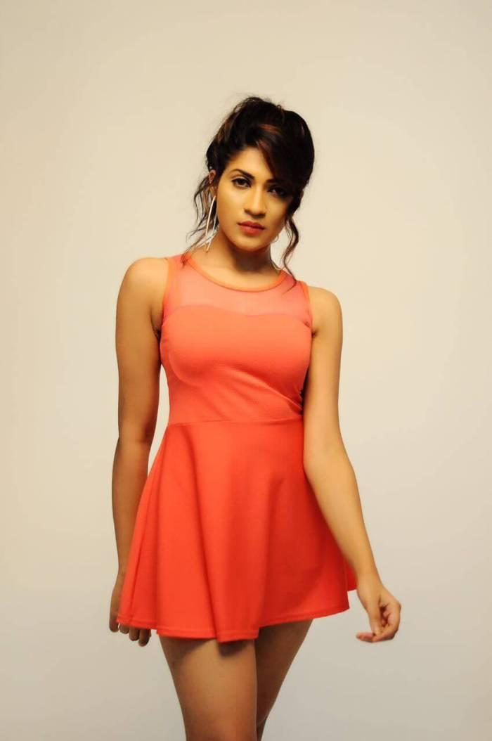 Iti Acharya Modern Dress