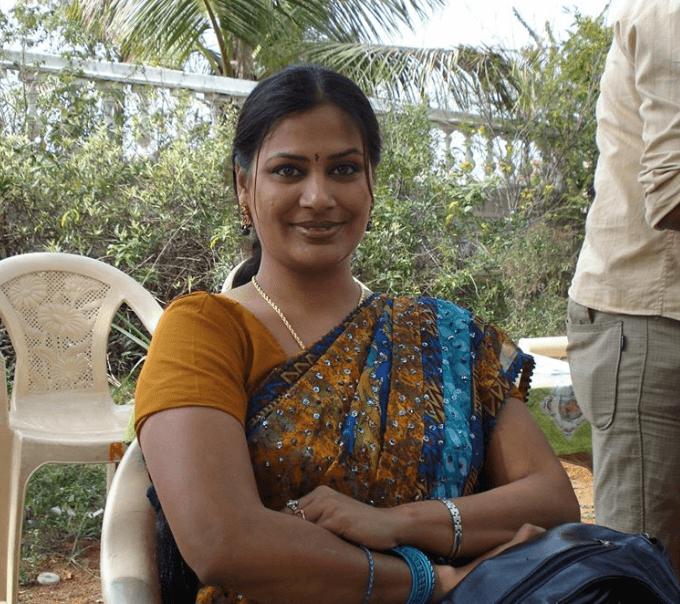 Mirchi Madhavi Wiki, Biography, Age, Movies, Images