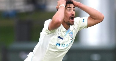 Starc's fantastic reactions after two unsuccessful appeals | Marsh Sheffield Shield 2020-21