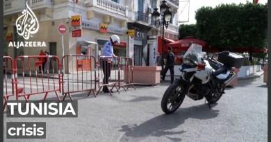 What led to Tunisia's political crisis?