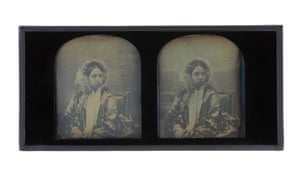 The second pair of stereographic daguerreotypes of Queen Victoria taken by Claudet in 1854.