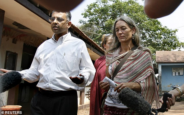 Fiona Mackeown and her lawyer Vikram Verma speak with media as they leave a local police station near Anjuna beach in 2008