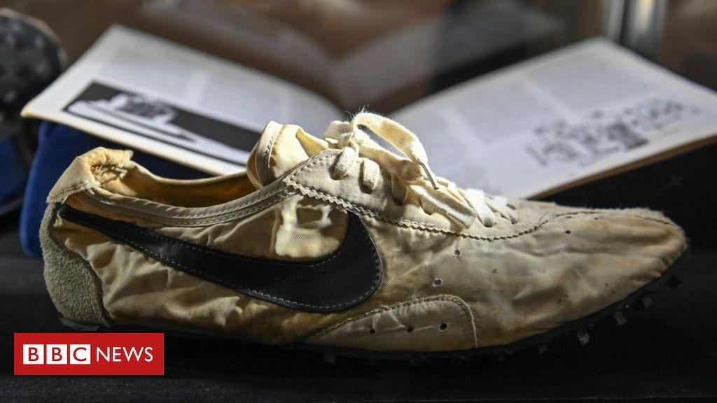 Nike's ultra rare 1972 'Moon Shoe