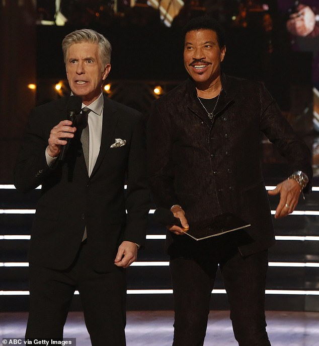 Special guest: Lionel Richie appeared on the season finale on some American Idol business