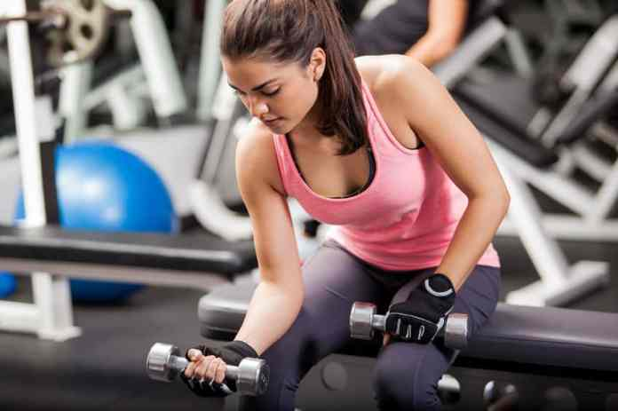 5 Essential Items You Need To Reach Your Workout Goals This 2020