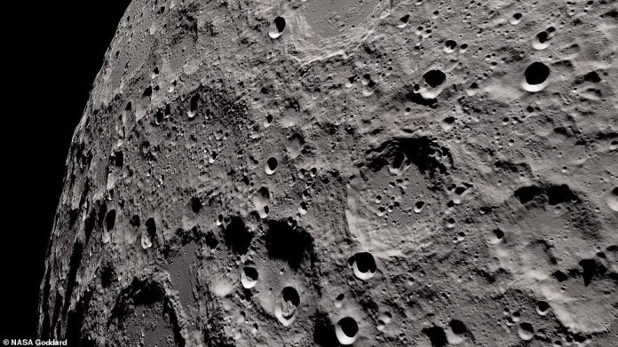 New data from the Lunar Reconnaissance Orbiter recreates the astronauts¿ views in a video that reveals the ¿dark side¿ of the moon in 4K resolution