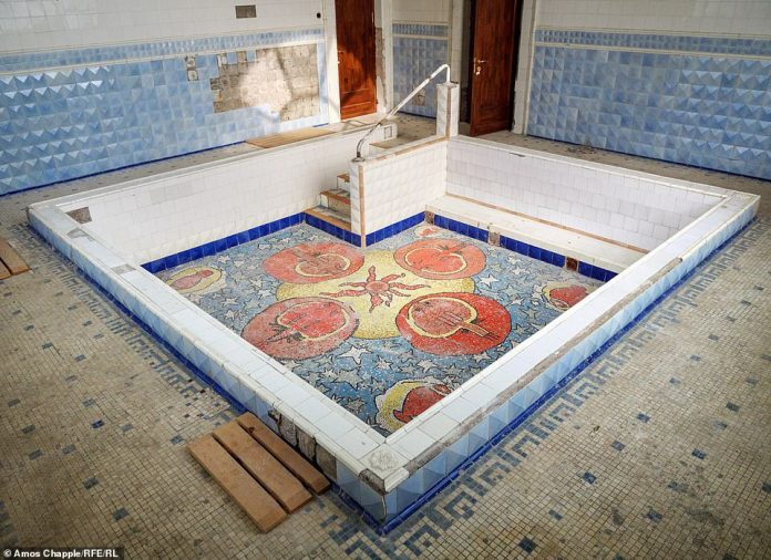 According to Mr Chapple, Stalin had a soak in this private bath in 1951