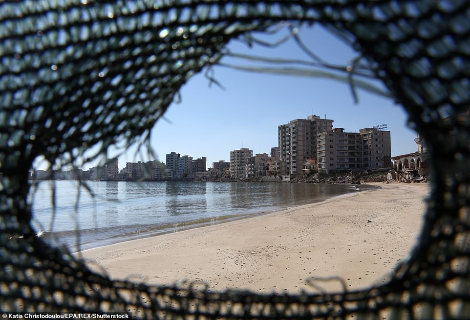 A UN resolution of 1984 calls for the handover of Varosha to UN control and prohibits any attempt to resettle it by anyone other than those who were forced out but it failed to work