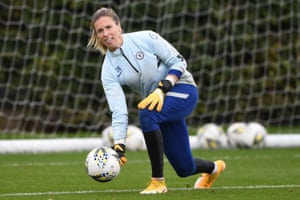 Telford is second choice at Chelsea, behind Germany's Ann-Katrin Berger