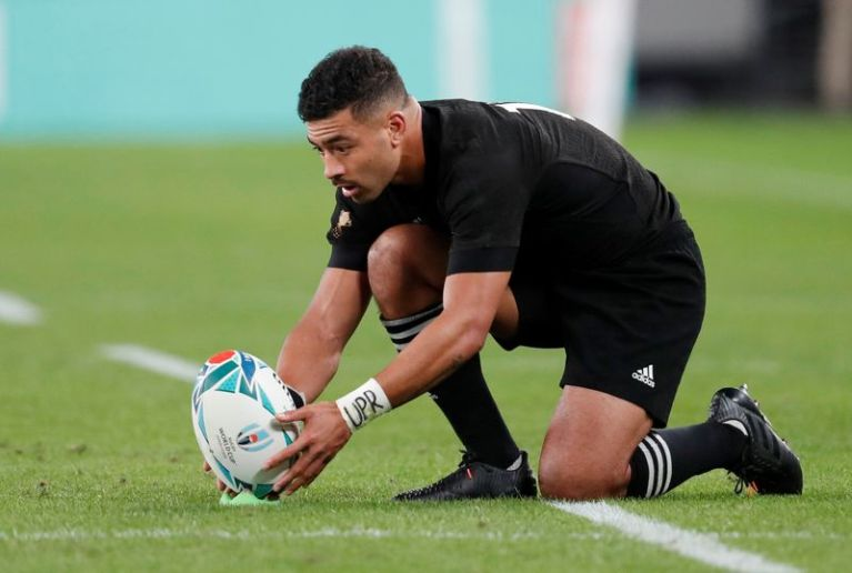 All Blacks thrash Australia in Tri-Nations to retain Bledisloe Cup