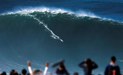 ICYMI: Big wave surfing to socially-distanced theatre