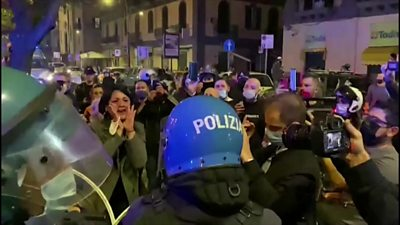 Protests in Naples over possible lockdown