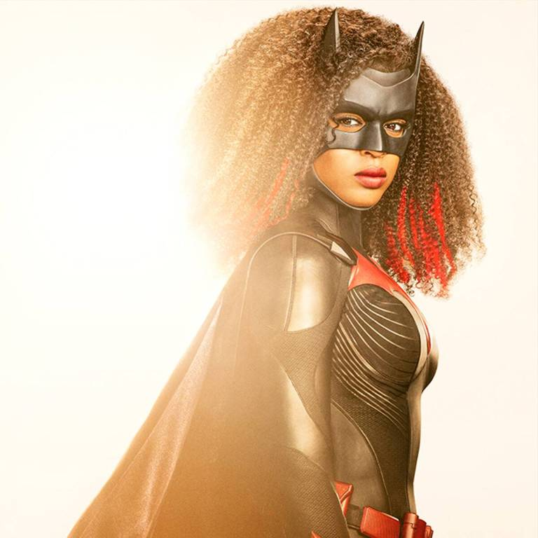 See Batwoman Star Javicia Leslie in the New Batsuit