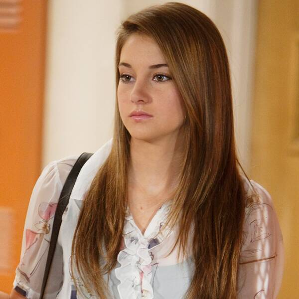 Shailene Woodley Reunites With Her Secret Life of the American Teenager Co-Stars