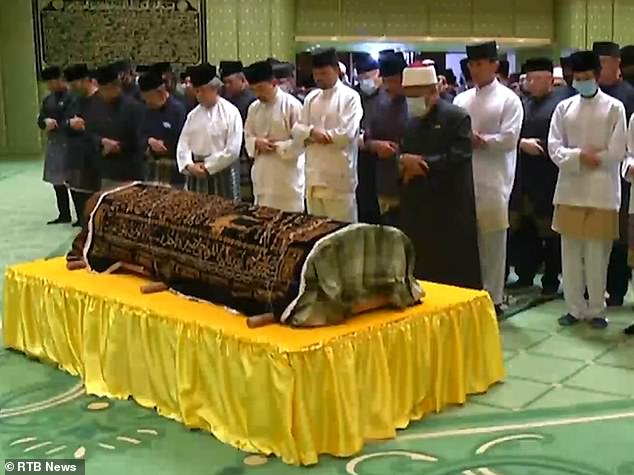 Azim passed away Saturday morning in the capital of Brunei,Bandar Seri Begawan, and was buried the same evening in a ceremony attended by his father