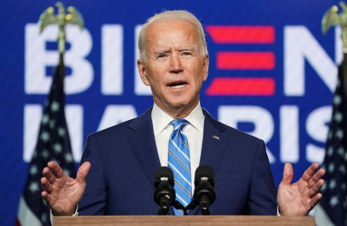 © Reuters. Democratic U.S. presidential nominee Biden speaks about 2020 the presidential election in Wilmington, Delaware