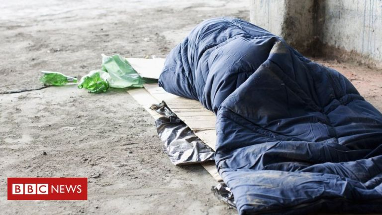 Covid: Labour calls for emergency rough sleeper plan to be revived