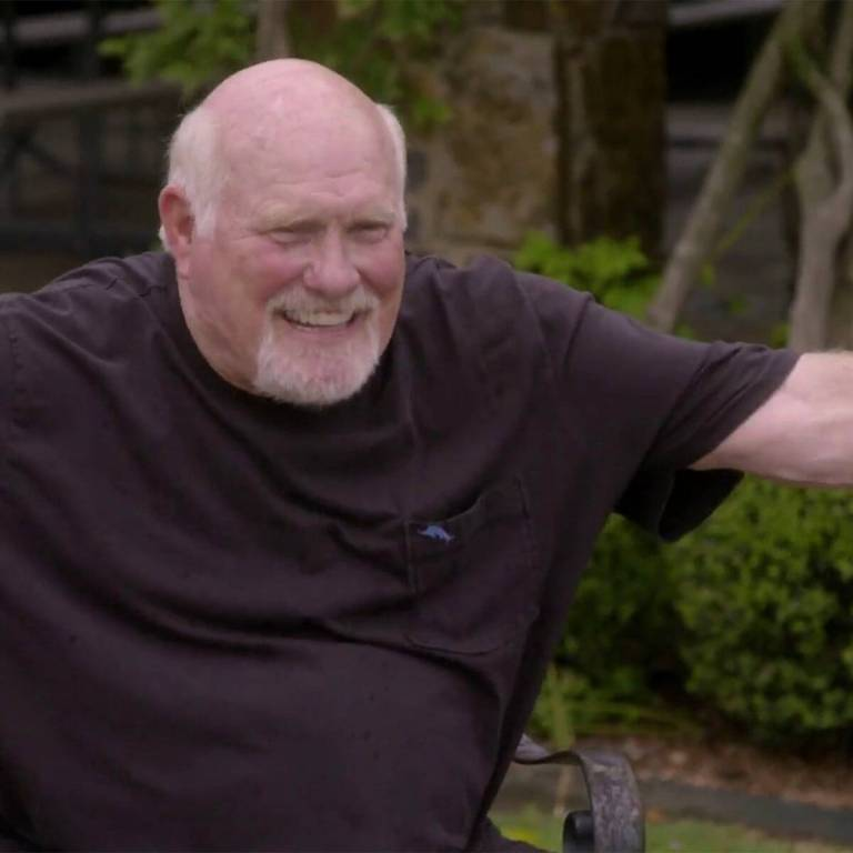 Terry Bradshaw Gets the Best 72nd Birthday Presents Ever on The Bradshaw Bunch