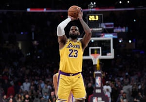 LeBron James of the Los Angeles Lakers scoring free throw earlier this year.