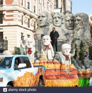 New York Ny November 28 2019 Chris Young Rides Float Mount Rushmores American Pride At 93rd Annual Macys Thanksgiving Day Parade Alone Central Park West 2abpkrp